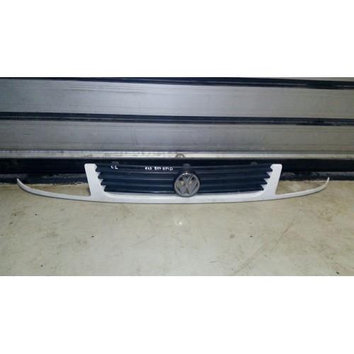 Решётка радиатора VW Caddy 2 6K5854643A, 6K5853654D