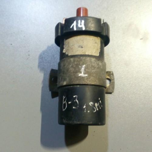 Катушка зажигания Audi 100, Audi 80, VW Passat B3, 211905115А