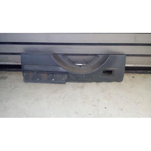 Молдинг крышки багажника Toyota Rav4, CA20W, (2000-2005)