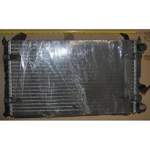 Радиатор 6k0121253K Volkswagen Polo