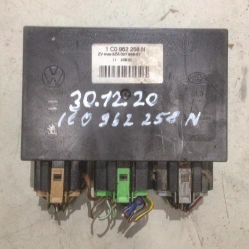 Блок управления комфорта VW Golf 4, 1C0962258N