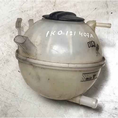 Бачок системы охлаждения VW Golf 5, 1K0121407A