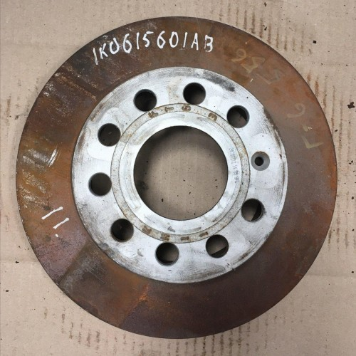 Задний тормозной диск 1K0615601AB Volkswagen Golf 6
