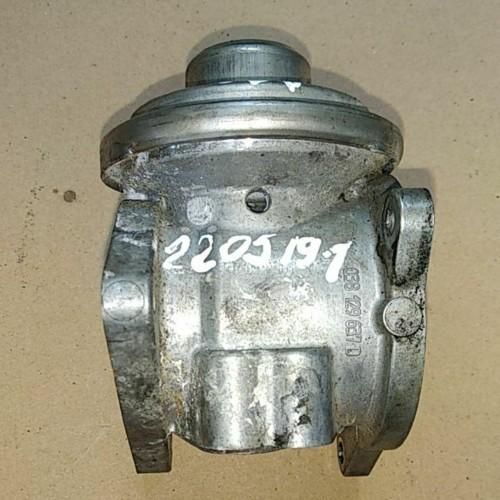Клапан EGR Skoda Octavia A5, 038129637D