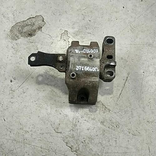 Подушка двигателя (R) VW Golf 4, 1J0199262