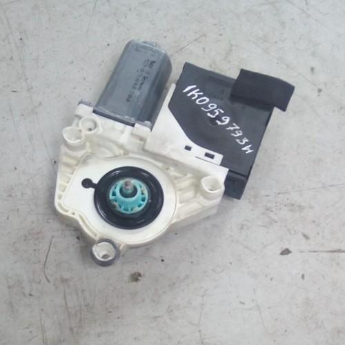 Моторчик стеклоподемника VW Passat B6, 1K0959793H