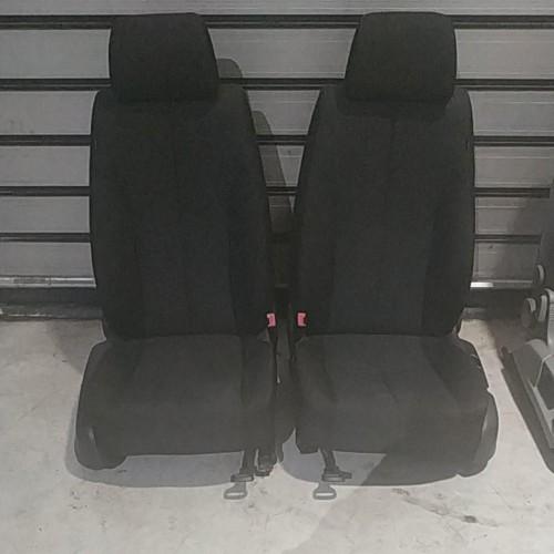 Сидения передние (R/L) VW Passat B6, 1K4881106KJ
