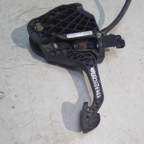 Педаль сцепления VW Caddy 3, 1T1721059AK