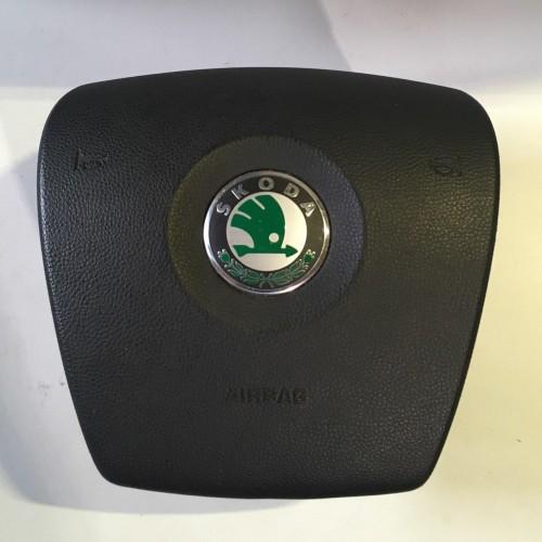 AIRBAG руля Skoda Octavia A5, 1Z0880201AF