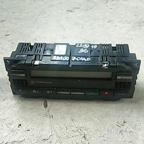 Блок управления климатконтроля VW Golf 4, 3B1907044D