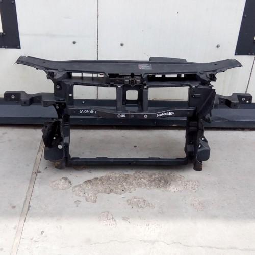 Панель передняя (телевизор) VW Passat B6, 3C0805588H