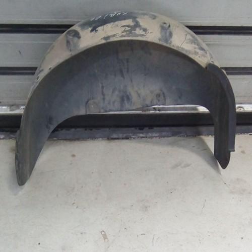 Подкрылок задний (R) VW Caddy 3, (2004)