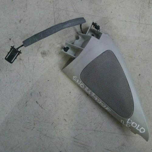 Заглушка зеркала (R) VW Polo 3, 6N0837499F