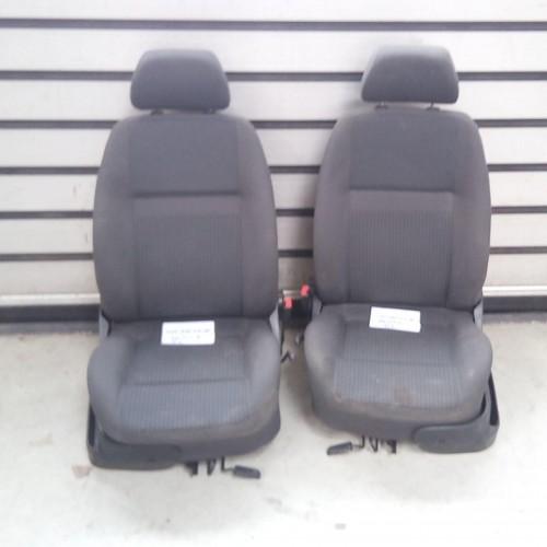 Сиденье (R/L) VW Polo 3, (1999), 6N0881105AB, 6N0881106AB