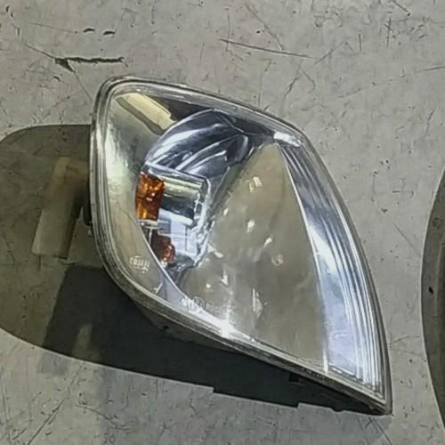 Поворотник (R) VW Polo 3, 6N0953050L