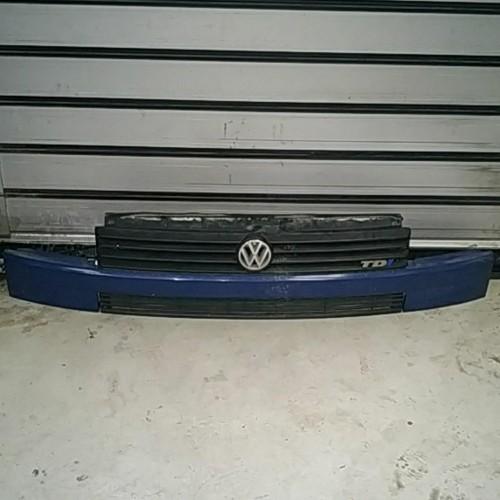Решетка бампера VW Transporter T4, голубая, синяя