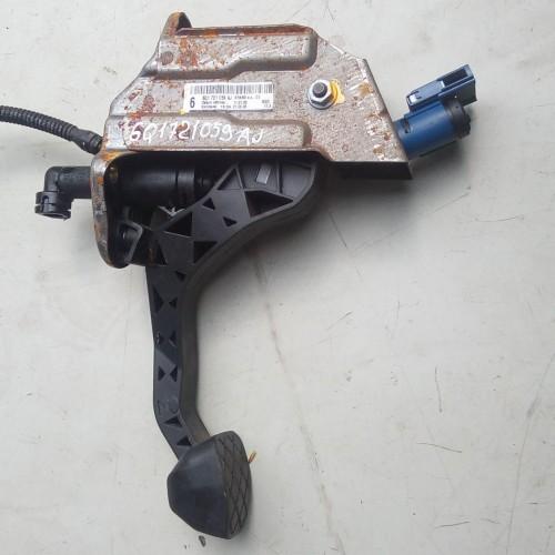 Педаль сцепления Skoda Fabia, (2008), 1.4TDi, BNV, 6q1721059aj
