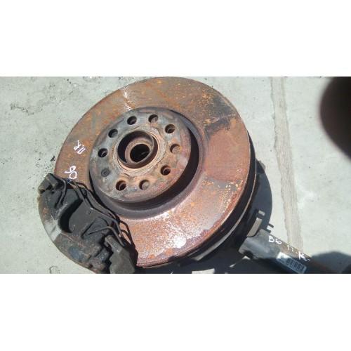Тормозной диск передний (R) VW Passat B6