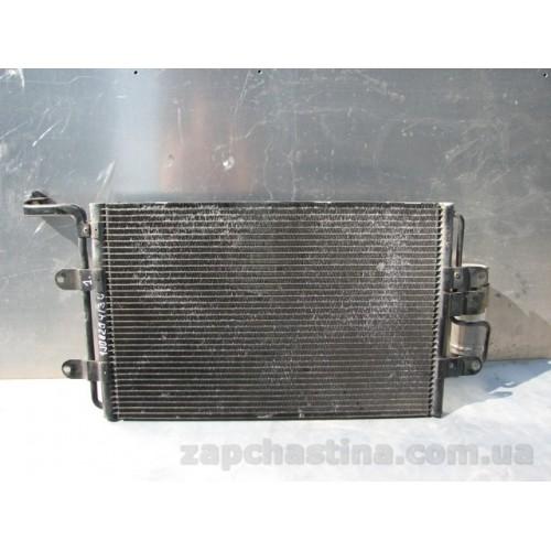 Б/у радиатор кондиционера 1J0820413L GOLF 4 Audi A3 Skoda OK