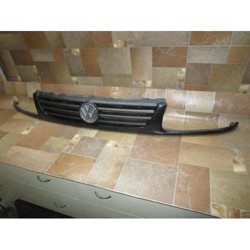 Решётка радиатора 6N0853618 Volkswagen Polo