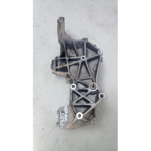 Кронштейн генератора VW Passat B5, 1.8i, 058145523B