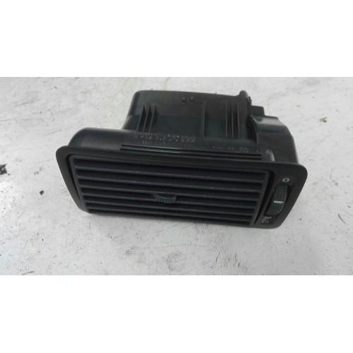 Дефлектор (воздуховод, R) VW Golf 4, 1.9TDi, 1J1819704C