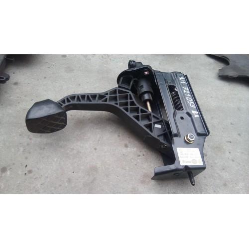 Педаль сцепления VW Golf 4, Bora, 1j1721059BA