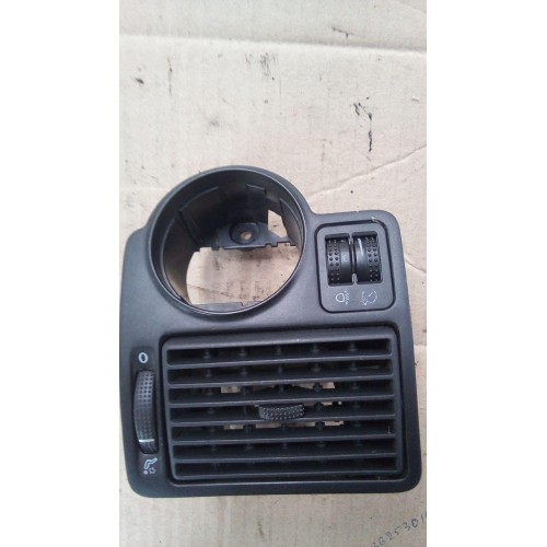 Дефлектор воздуха VW Golf 4, 1j1815715a