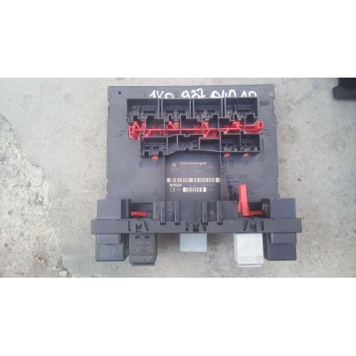 Блок предохранителей VW Caddy 3, 1k0937049ad