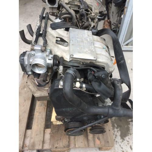 Двигатель, мотор AFT 1.6i, 8V, 74Kw, VW Passat B4, Golf 4