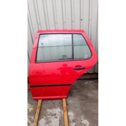 Дверь задняя (L) VW Golf 4, красная