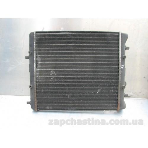 Pадиатор   52497053 SKODA FABIA 1.2,1.4,1.6,1.9D 1999г VW FOX 1.2