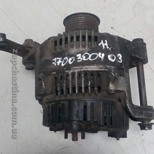 Б/у генератор 7700300408 Renault Master