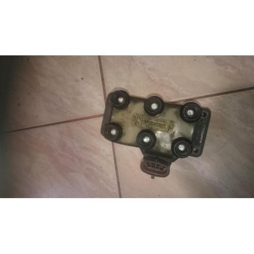 Катушка зажигания 2.5i F5SU12029AA Ford Mondeo